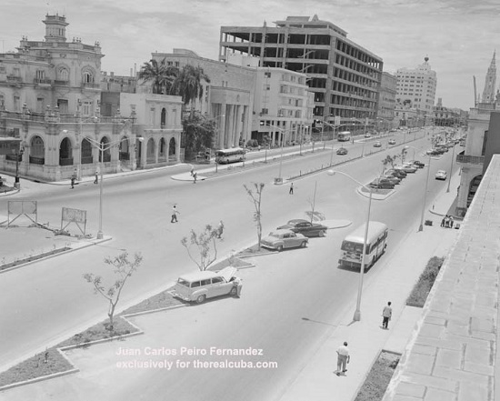 Another view of Carlos III Ave after it was completed